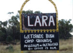 Grey nomads bring caravans and motorhomes to Outback oasis